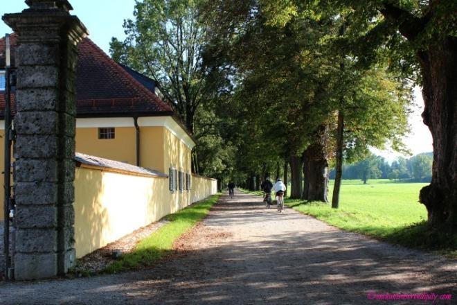 The Sound Of Music: Hellbrunner Allee Walkway