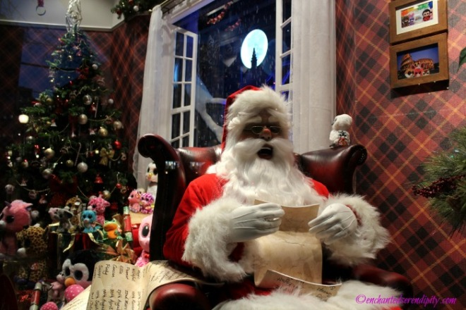 London at Christmas: Hamley's Toy Store