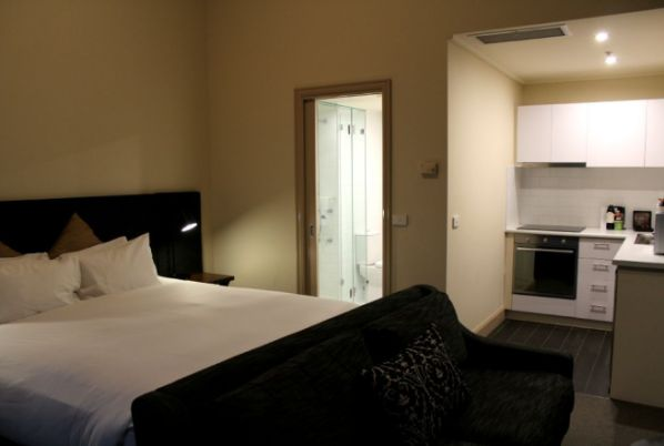 Studio Apartment, The Grand Hotel Melbourne